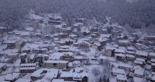 Το υπέροχο λευκό στα ορεινά των Τρικάλων