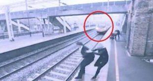 Γυναίκα σώζει άνδρα που ήθελε να πηδήσει στις γραμμές του τρένου