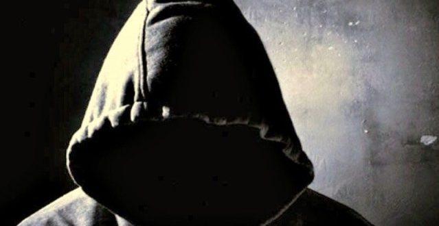 Στα χέρια της Αστυνομίας ο «μασκοφόρος» που παρενοχλούσε παιδιά στα Τρίκαλα | ΦΩΤΟ