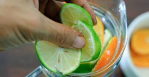 Μειώσετε την πρησμένη κοιλιά σε 60 δευτερόλεπτα με αυτήν την απλή συνταγή