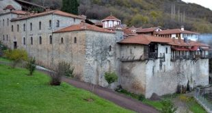 To μοναστήρι του Αγίου Βησσαρίωνος (Δουσίκου)