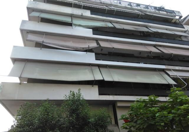 60χρονος τρικαλινός έπεσε από τον 5ο όροφο αλλά σώθηκε από τις τέντες!!!