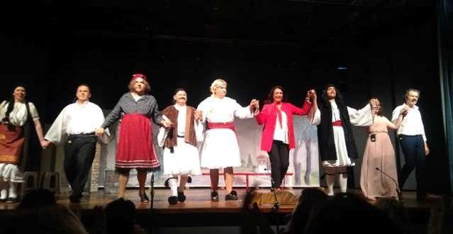 Ενθουσίασε το κοινό η θεατρική ομάδα Μεγάλων Καλυβίων στην παράσταση «Μαρία Πενταγιώτισσα»