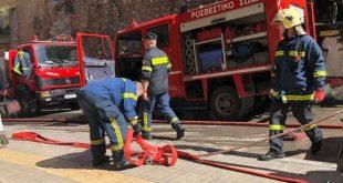 ΑΠΙΣΤΕΥΤΟ!!! Πυροσβέστες έσβηναν φωτιά σε καταυλισμό των Ρομά... και αυτοί τους έκλεβαν!!!