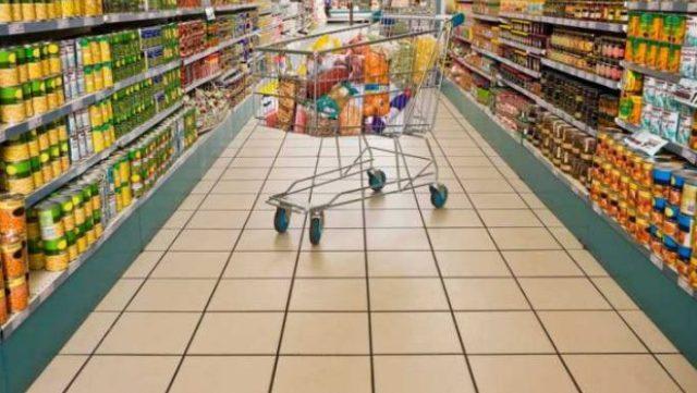 Τι λένε οι εκπρόσωποι των σούπερ μάρκετ για τη μείωση των τιμών