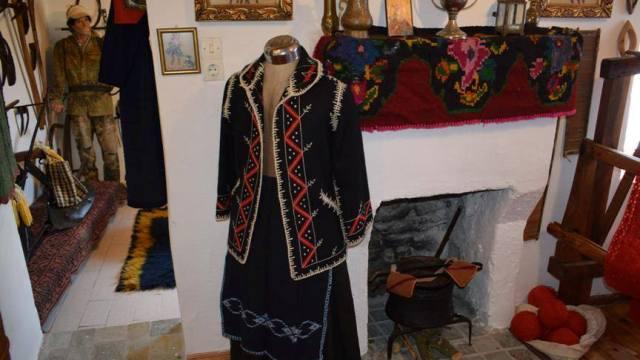 «Πινελιά» παράδοσης και πολιτισμού στην Πεύκη Τρικάλων