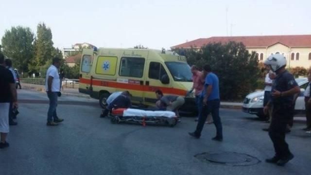 Photo of Τραγωδία-Τροχαίο στο κέντρο των Τρικάλων με έναν νεκρό και έναν σοβαρά τραυματία