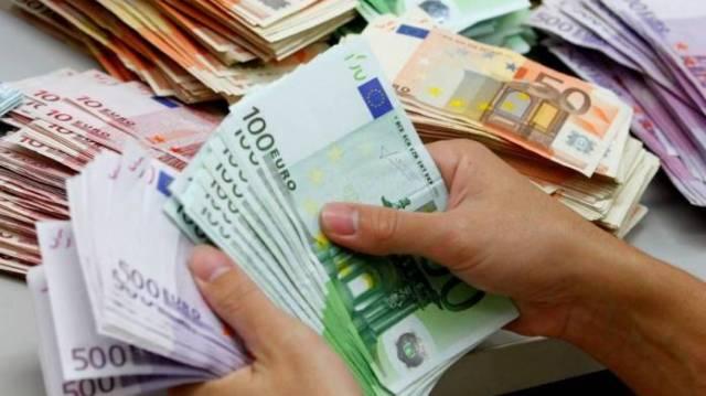 79 άτομα χρωστούν 34 δισ. ευρώ στο Δημόσιο