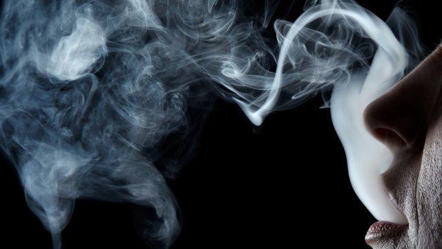 Παρελθόν το κάπνισμα σε δημόσιους χώρους