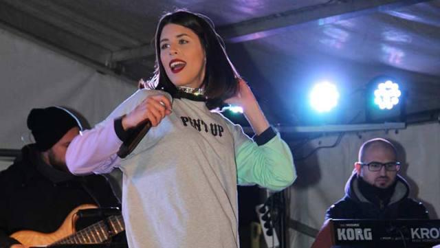 Με την Demy άνοιξαν οι αποκριάτικες εκδηλώσεις στην Καλαμπάκα