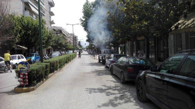 Photo of Στις φλόγες σταθμευμένο αυτοκίνητο επί της οδού Ασκληπιού!!!
