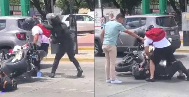 Οδηγός μηχανής σπάει στο ξύλο αστυνομικό επειδή τον έριξε κάτω με την μηχανή