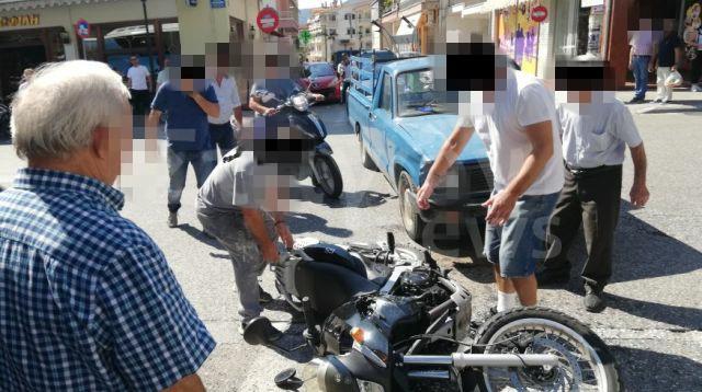 Αγροτικό αυτοκίνητο παρέσυρε δικυκλιστή στο κέντρο της Καλαμπάκας