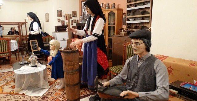 Τρικαλινός συλλέκτης με τη συλλογή που ξεπερνά τα 20.000 αντικείμενα