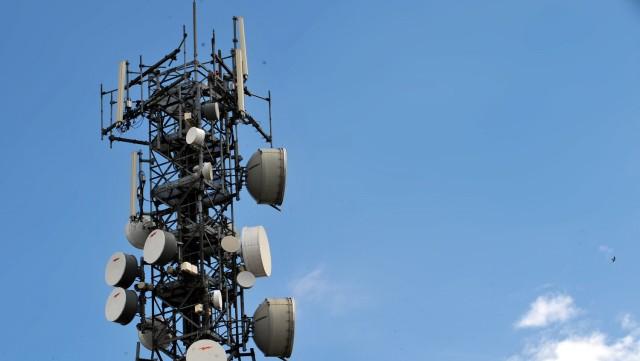 Θετικές ανατροπές για τους καταναλωτές στην τηλεφωνία