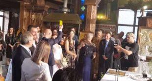 Ο διαιτητής έβγαλε κίτρινη στην... νύφη!!!