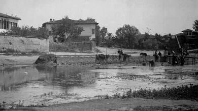 Photo of Η βρύση της Γούρνας στα Τρίκαλα του 1904 | ΦΩΤΟ