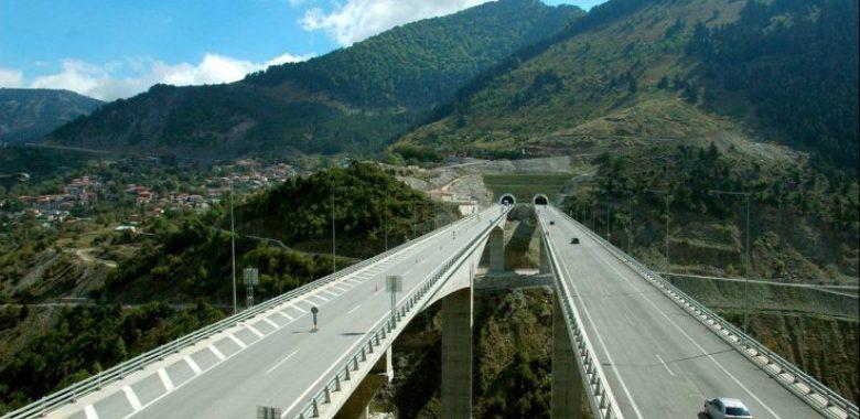 Άντρας πήδηξε από τη γέφυρα της Εγνατίας στην Παναγία Καλαμπακας!