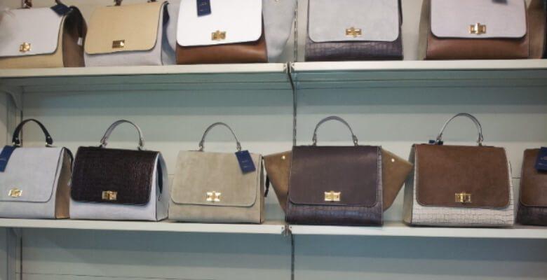 Κλοπή τσάντας από κατάστημα της Καλαμπάκας με την μέθοδο της εξαπάτησης!