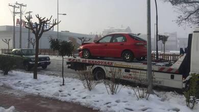 Δύο τροχαία ατυχήματα στην Οδό Καλαμπάκας