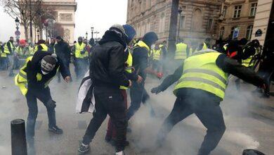 Κίτρινα γιλέκα: Συγκρούσεις στο Παρίσι - Λεηλεσίες, δακρυγόνα και προσαγωγές