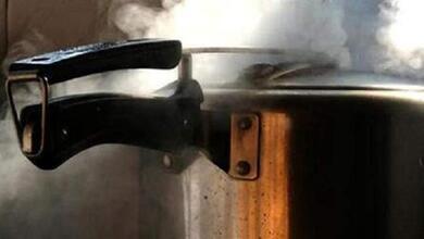 «Εσκασε» η χύτρα την ώρα που μαγείρευε