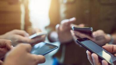 Τα κινητά που αγοράζουν οι Έλληνες