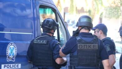 Σύλληψη 28χρονου στα Τρίκαλα για κατοχή... μπαλτά!!!