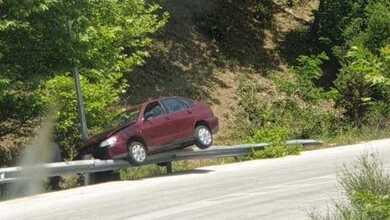 Αυτοκίνητο ...πέταξε στην ε.ο. Πύλης-Άρτας