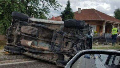 Εκτροπή αυτοκινήτου στα Τρίκαλα