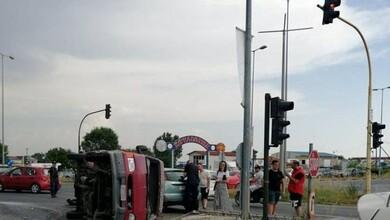 Σφοδρή καραμπόλα οχημάτων στα Τρίκαλα