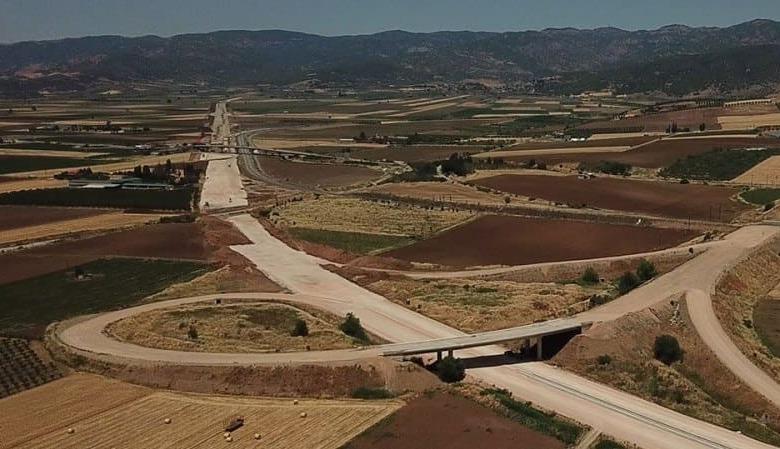 Το 2021 θα παραδοθεί το νότιο τμήμα του Ε65 από Λαμία έως Ξυνιάδα
