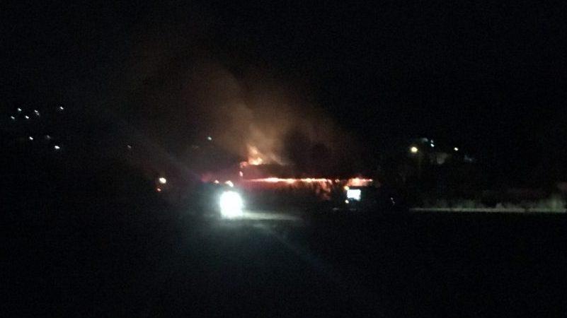 Μεγάλη φωτιά σε σταβλικές εγκαταστάσεις στην Καλαμπάκα 1