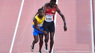 Photo of Το μεγαλείο του αθλητισμού – Τον κρατούσε αγκαλιά για να τερματίσουν μαζί! | ΒΙΝΤΕΟ