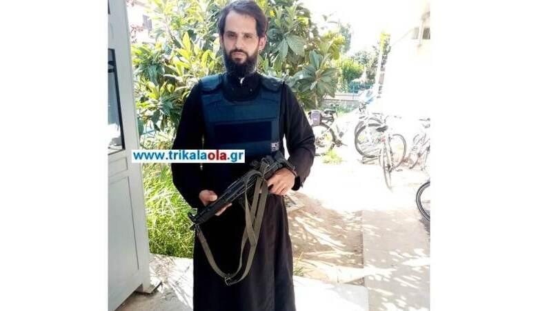 ΕΛΑΣ: Έρευνα για τον παπά -αστυνομικό με το όπλο