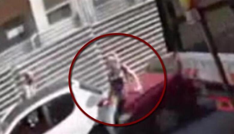 Σοκαριστικό βίντεο από παράσυρση γυναίκας στη Θεσσαλονίκη