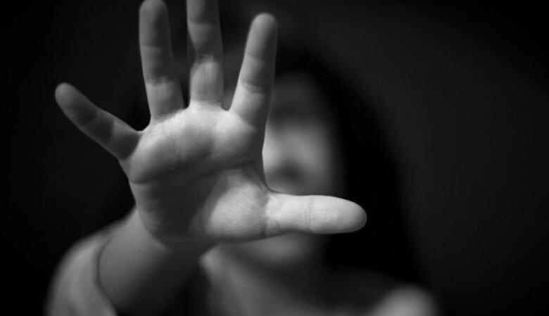 45χρονος αποπλάνησε 12χρονη εν γνώσει της μητέρας της