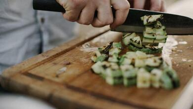 Photo of Αυτά είναι τα ύπουλα λάθη στο μαγείρεμα που σε παχαίνουν