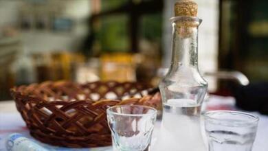 Photo of Τέλος το χύμα τσίπουρο σε εστιατόρια, καφενεία αλλά και κάβες