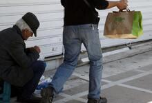 Photo of Δύο στους τρεις Έλληνες δεν έχουν ούτε 1.000 ευρώ στην άκρη