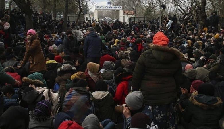 Photo of Αυξάνονται κατά χιλιάδες – Σε κατάσταση «πολιορκίας» τα ελληνοτουρκικά σύνορα