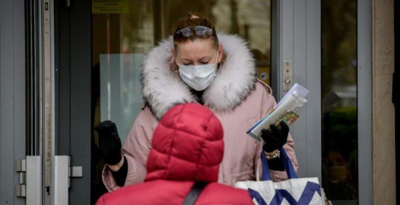 Κορωνοϊός: Ποια συμπτώματα είναι ανησυχητικά
