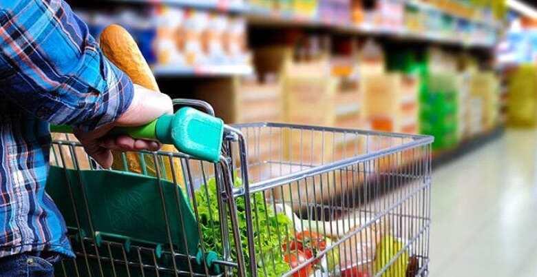 Photo of Σούπερ μάρκετ πέταξε τρόφιμα 31.000 ευρώ επειδή πελάτισσα έβηξε πάνω τους