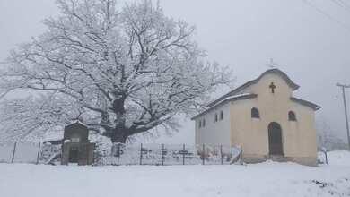 Photo of Ανοιξιάτικες χιονοπτώσεις στα ορεινά των Τρικάλων | ΦΩΤΟ