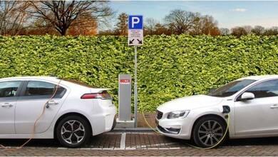 Photo of Επιδοτήσεις σε ηλεκτρικά αυτοκίνητα, σκούτερ και ποδήλατα