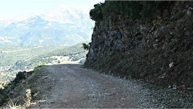 Photo of Βελτίωση των οδικών προσβάσεων σε Ιερές Μονές του Δήμου Μετεώρων