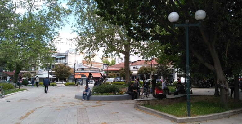Η πρώτη μέρα επιστροφής στη «νέα κανονικότητα» στα Τρίκαλα